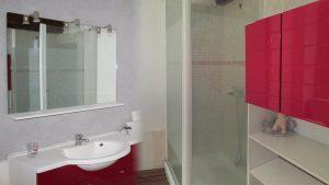 montage salle de bain familha